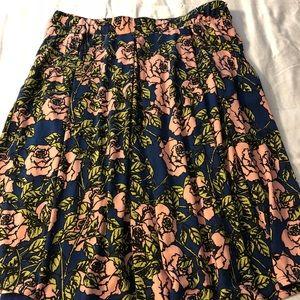Lularoe Madison skirt 2x, worn once, pockets